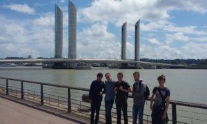 Cap Sciences sur les bords de la Garonne